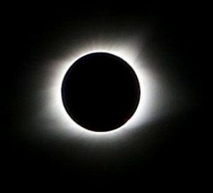 Pic 12 - Totality